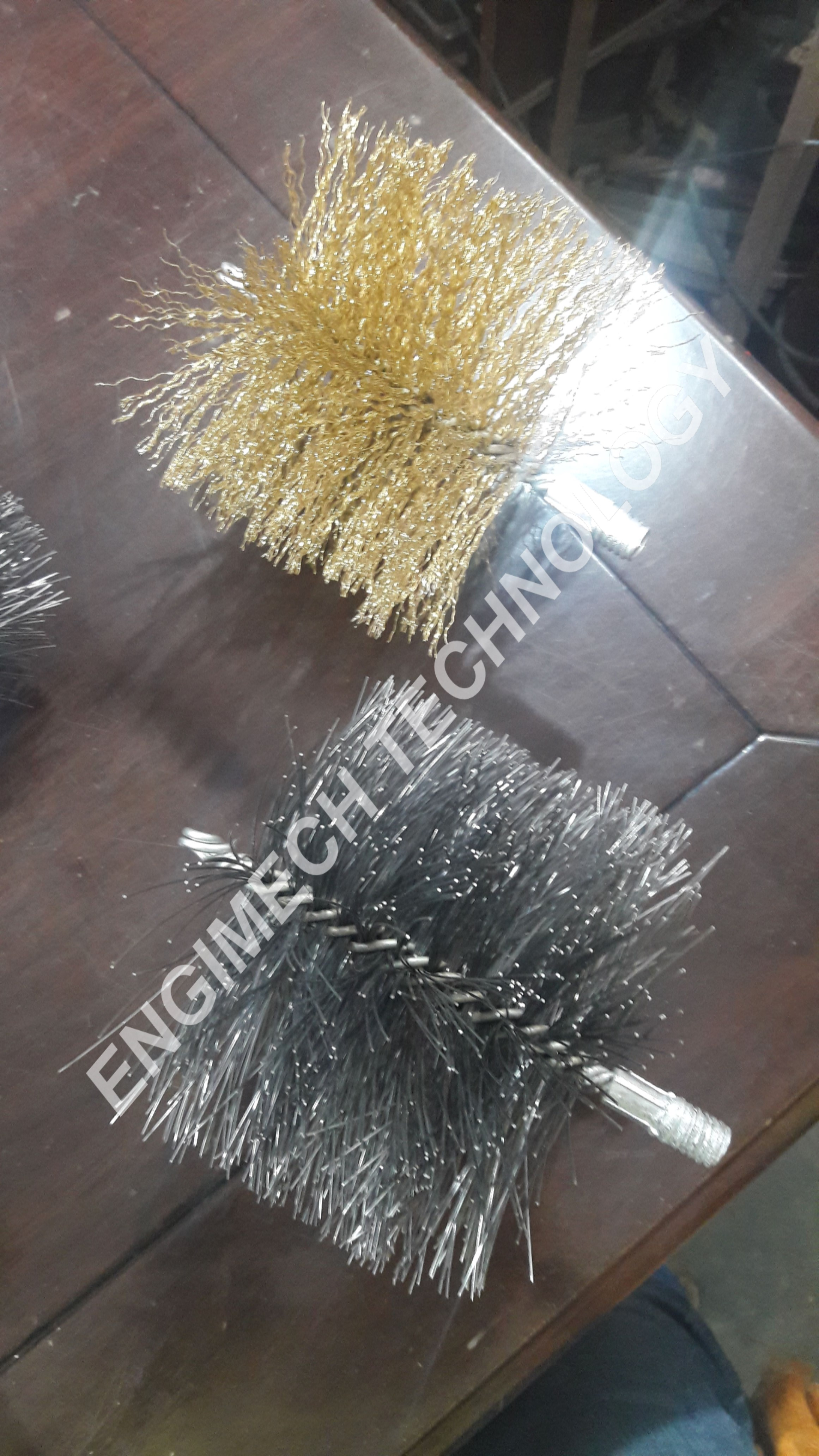 Wire Twisted Brush